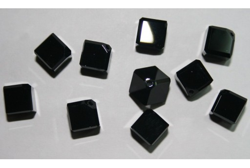 Swarovski Diagonal Cubes 8mm 5600 280