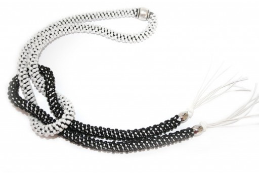 Black/White Kumihimo Knottable Necklace Kit