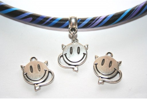 Silver Smiley Face Devil Pendant 14x18mm - 2pcs