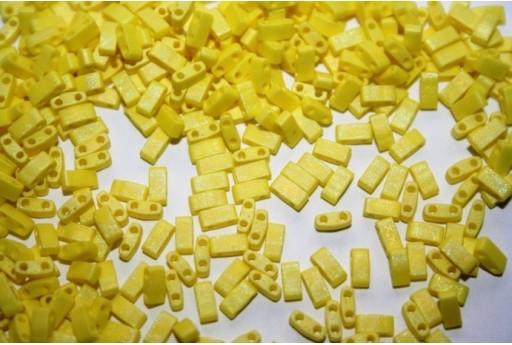 Perline Miyuki Half Tila 1/2 Cut Matte Opaque Yellow AB 2,5x5mm - 5gr